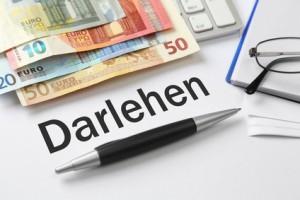 Das Bild zeigt Geldscheine als ausbezahltes Darlehen bzw. ausbezahlte Finanzierung nach Einreichung des Businessplans bei der Bank.